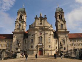 Kloster_Einsiedeln_Frontansicht